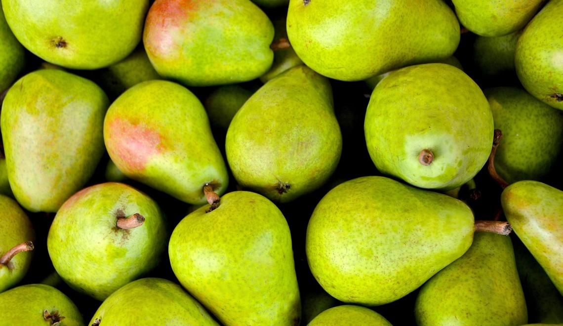 Czemu gruszka to naturalny owocowy wybór jesienią?